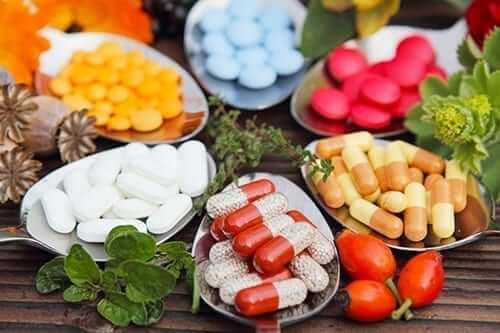 Vitamins and Supplements with Plants