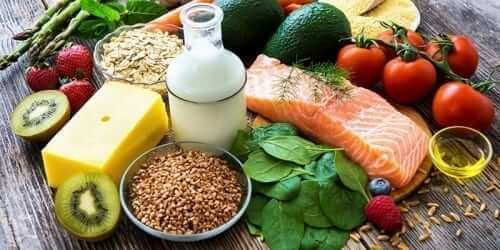 Healthy food including lean meats, low-fat milk, whole grains and vegetables