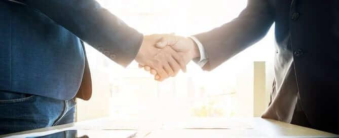 Two men hand shaking