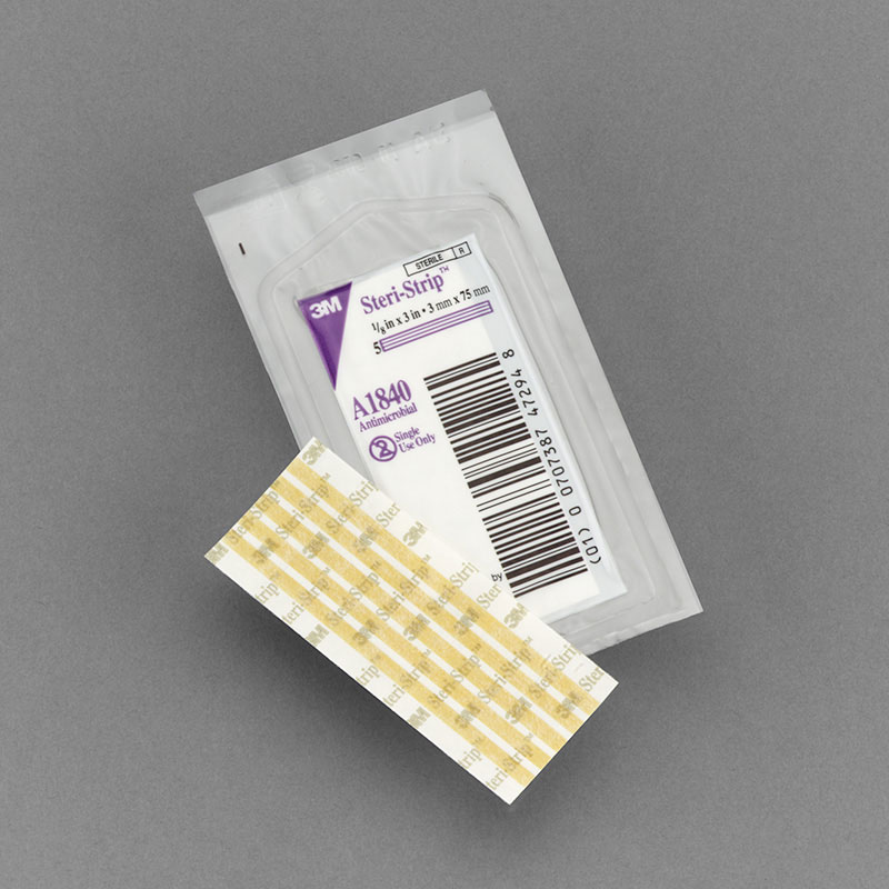 3M Steri Strip Antimicrobial Closure 0.13in x 3in Box 50