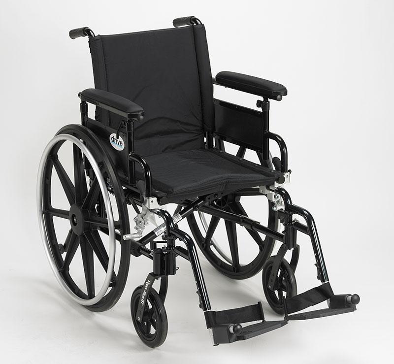Drive Medical Viper Plus GT Adj Full Arm & Footrest PLA416FBFAARADSF